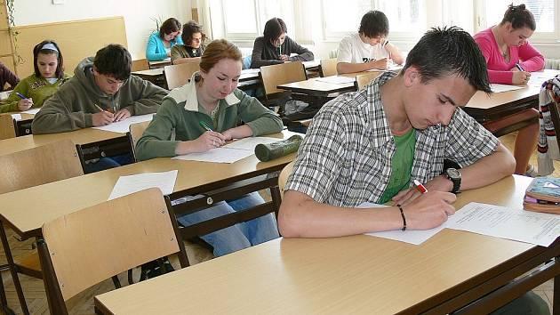 Přijímací zkoušky se konaly také na jičínskou Masarykovu obchodní akademii.