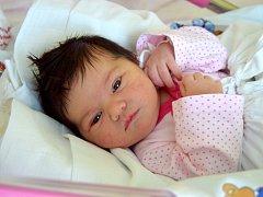 PATRICIE TRÁVNÍČKOVÁ přišla na svět 29. ledna s porodní váhou 3, 45 kg a mírou 50 cm. Radost  dělá rodičům Radce Ulmanové a Miloslavu Trávníčkovi. Doma v Mladé Boleslavi se na sestřičku těšila  tříletá Maruška.