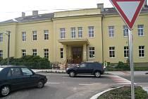 Velišská Základní škola Bodláka a Pampelišky.
