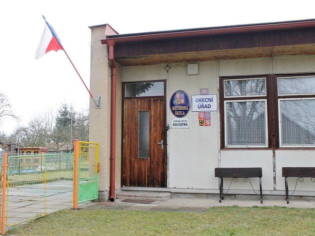 Mimořádné volby v Třebnouševsi.