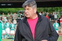 Trenér Josef Hloušek.