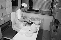 Ve věku nedožitých 52 let 8. dubna náhle zemřel známý hořický cukrář a výrobce sladkých trubiček pan Milan Hovorka.