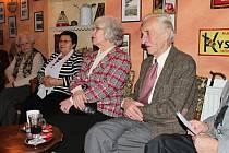 Manželé Czerninovi na setkání v Libáni.
