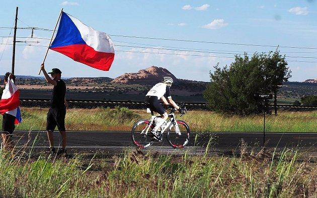 Daniel Polman zNové Paky absolvuje nejtěžší cyklistický závod světa vdélce 5000kilometrů. Do cíle mu vUSA zbývá 2000kilometrů.