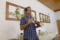 Tradiční setkání literárních klubů.