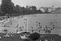 Jičínské koupaliště, rok 1943.