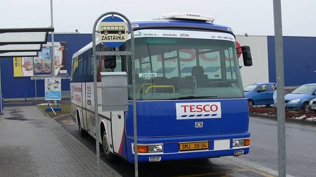 Provoz tzv. tescobusů byl v Jičíně zrušen.