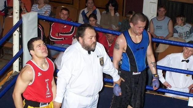Čekání na verditk? Zápas Jan Růžička (Jičín) a Josef Hybler (Pardubice) bez vítěze.