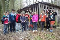 Žáci z hořické Daliborky uklízeli okolí.
