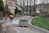 Rekonstrukce jičínské Máchovy ulice.