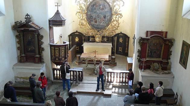 Ze dne otevřených dveří v kostele Všech svatých pod Zebínem.
