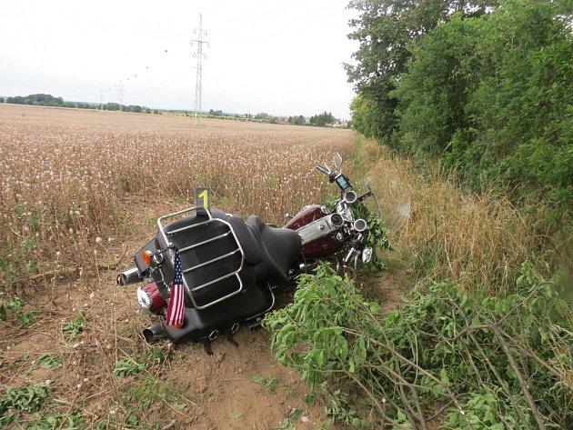 Nehoda motocyklu uBílska.