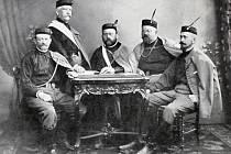 Župní předsednictvo 1900 – 1910.Zcela vpravo zástupce novopacké jednoty a její dlouholetý starosta Eduard Kaizl