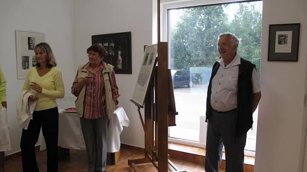 Z výstavy obrazů Josefa Jíry.
