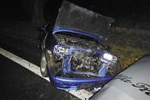 Střet dvou automobilů v Ostroměři.