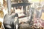 Ve Všehrdově ulici začalo ve středu po osmnácté hodině hořet vkomíně rodinného domu.