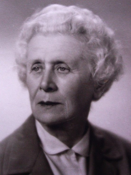 Anna Macková.