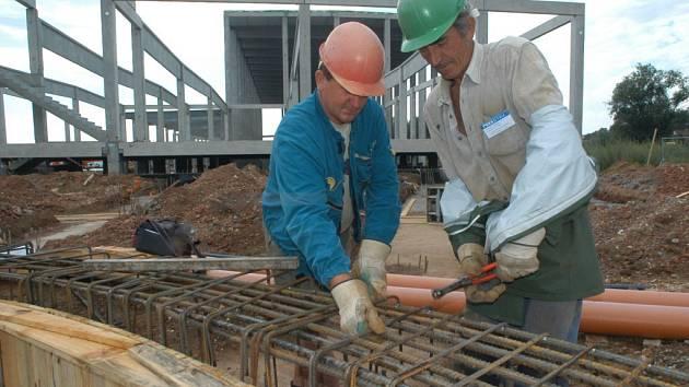 Místní firma Olpran plánuje dokončit stavbu v Hořicích do prosince letošního roku.