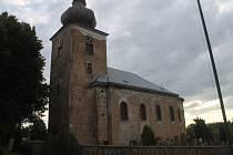 Kostel Zvěstování Panny Marie v Úlibicích církev nebude opravovat, neboť ho nevyužívá.
