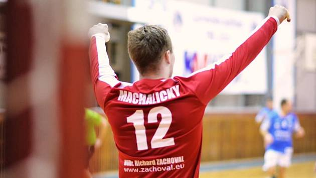 Gólman David Machalický patří k oporám extraligového Jičína.