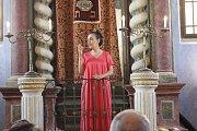 Izraelská zpěvačka Victorie Hanna vystoupila v jičínské synagoze.