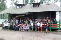 Z letního tábora kopidlenských sokolů v Ledcích.