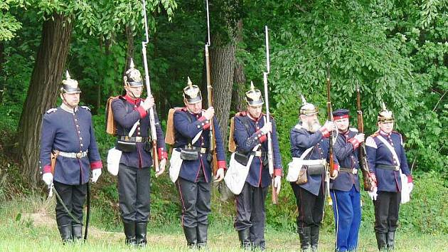 Vzpomínka na boj v Prachovském sedle před 145 lety.