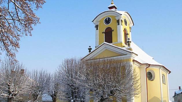Kostel sv. Diviše v Chomuticích.
