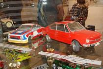 Výstava Modely aut 2018 v novopackém Suchardově domě.