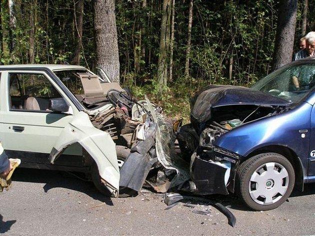 Dopravní nehoda v Lukavci u Hořic.