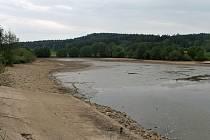 Vypuštěný rybník Bonda v Radimi.