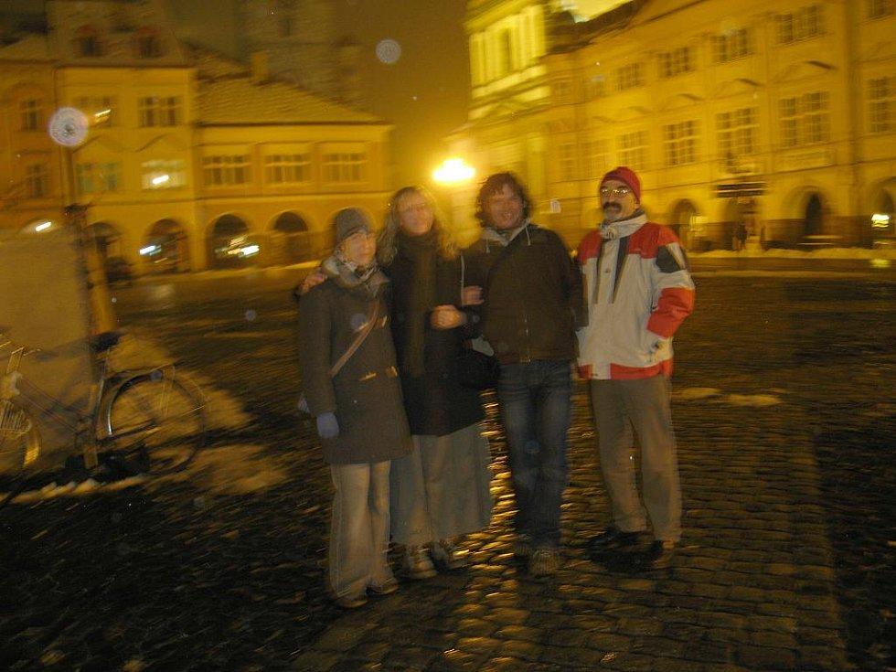 Setkání ve výročí 17. listopadu v 17 hodin - rok 2007.