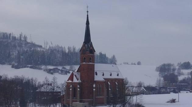 Kostel sv. Jana Nepomuckého v Zálesní Lhotě.