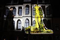 Hořice oslavily výročí revoluce koncertem a také videomappingem na budově radnice.