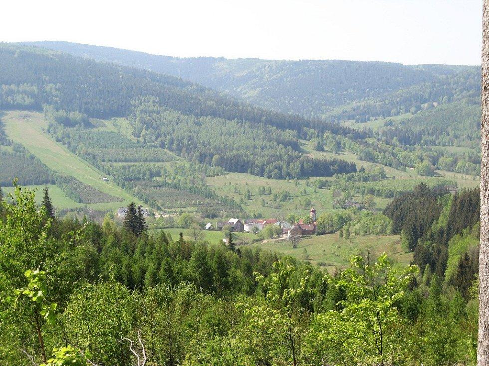 Polská vesnička, z výstupu na Hraniční vrch.