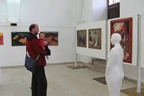 Z vernisáže výstavy Sdružení pražských malířů.