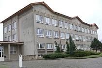 Ostroměřská Základní škola Eduarda Štorcha.