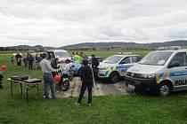 Na letišti ve Vokšicích ukážou dětem svou práci policisté.
