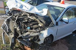 Dopravní nehoda pod obchvatem Jičína.