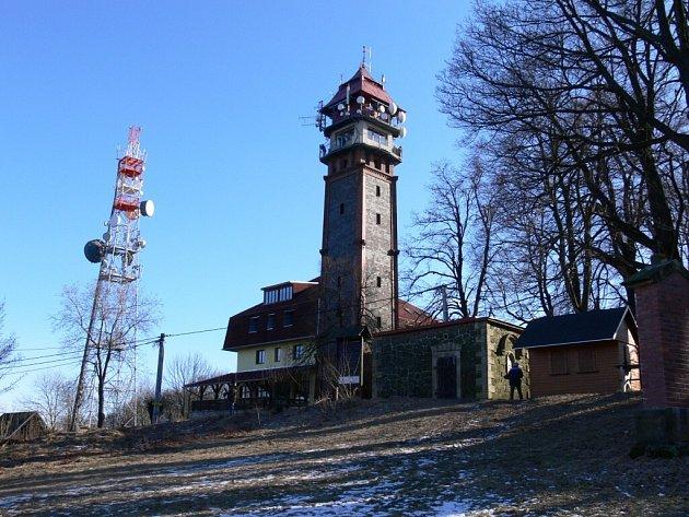 Tichánkova rozhledna na vrchu Tábor.