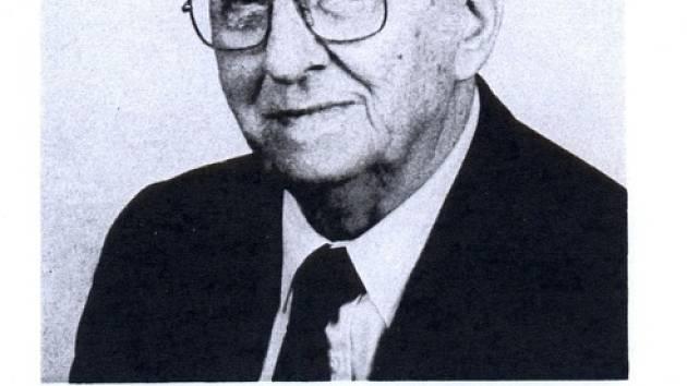 Akademický malíř Franta Patočka.