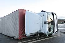 Nehoda kamionu u Úlibic.
