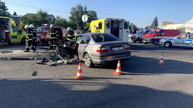 Nehoda tří osobních automobilů dvě hodiny blokovala provoz u Sobotky.