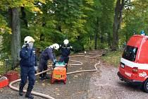 Peckovské cvičení hasičů.