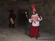 Masopustní masky ve Valdštejnské lodžii.