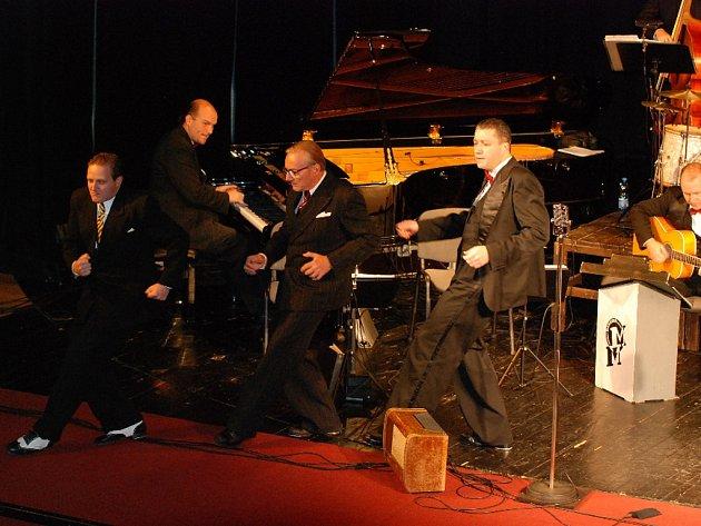 Ondřej Havelka a Melody Makers v jičínském Masarykově divadle.