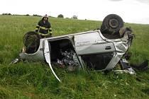 Nehoda u Svatojánského Újezdu.