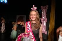 Miss Polabí je Adriana Antošová z Dětenic.