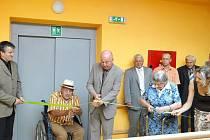 Ve středu 25. srpna byla  slavnostně otevřena přístavba jičínského domova pro seniory.