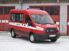 Sobotečtí hasiči mají nové auto.